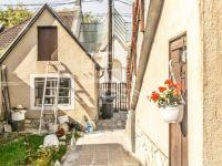 Eladó családi ház, Veszprémben 48.9 M Ft, 5 szobás