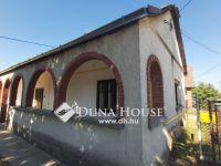 Eladó családi ház, Abában 9.89 M Ft, 2 szobás