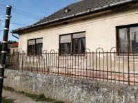 Eladó családi ház, Apostagon 19.5 M Ft, 3 szobás
