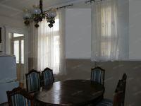 Eladó téglalakás, Győrött 37 M Ft, 3 szobás