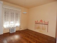 Eladó téglalakás, Kaposváron 16 M Ft, 2 szobás