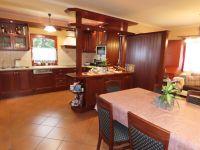 Eladó családi ház, Zalaszentgróton 51.95 M Ft, 4 szobás