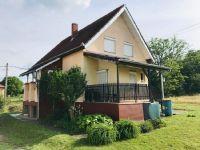 Eladó családi ház, Marcaliban 27.4 M Ft, 5 szobás