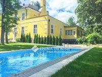 Eladó nyaraló, Balatonföldváron 400 M Ft, 19+5 szobás