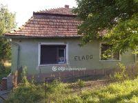 Eladó családi ház, Csitáron 2.4 M Ft, 2 szobás