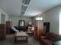 Eladó iroda, Tatabányán 52.5 M Ft, 6 szobás