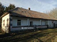 Eladó családi ház, Alapon 3.3 M Ft, 2 szobás