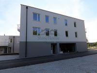 Eladó téglalakás, Győrött 38.687 M Ft, 3 szobás