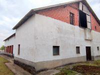 Eladó családi ház, Ajakon 18.4 M Ft, 7 szobás