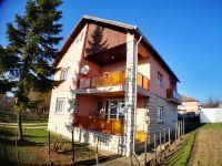 Eladó családi ház, Veszprémben 42.5 M Ft, 1+3 szobás