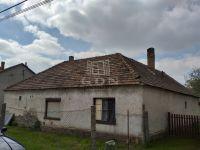 Eladó családi ház, Komáromban, Török Ignác utcában 8.9 M Ft