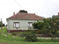 Eladó családi ház, Zalaváron 8 M Ft, 4 szobás