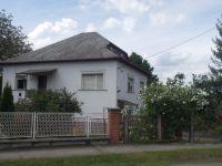 Eladó családi ház, Arlón 7.8 M Ft, 4 szobás