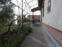 Eladó családi ház, Tiszacsegén 4.5 M Ft, 3 szobás
