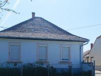 Eladó családi ház, Árpáson 16.5 M Ft, 2 szobás