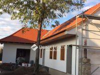 Eladó családi ház, Vértesszőlősön, Kossuth Lajos utcában