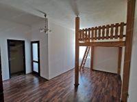 Eladó téglalakás, Sopronban 24.5 M Ft, 2 szobás