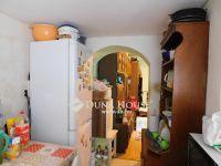 Eladó családi ház, Pécsett, Béla utcában 8 M Ft, 2 szobás