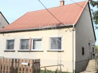 Eladó családi ház, Ácson 16.5 M Ft, 3 szobás