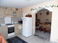 Eladó családi ház, Kecskeméten 13.9 M Ft, 2 szobás