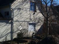 Eladó családi ház, Pécsett, Török István utcában 7.5 M Ft