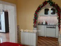 Eladó családi ház, Jászladányon 5.3 M Ft, 2 szobás