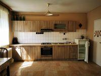 Eladó családi ház, Villányban 25 M Ft, 6+2 szobás
