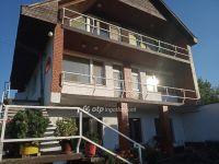 Eladó családi ház, Abasáron 31 M Ft, 7+1 szobás