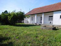 Eladó családi ház, Adácson 4.5 M Ft, 3 szobás