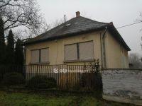 Eladó családi ház, Apcon 13.9 M Ft, 3 szobás