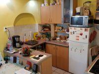 Eladó családi ház, Almásfüzitőn 21 M Ft, 2 szobás