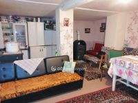 Eladó családi ház, Akasztón 4.8 M Ft, 1 szobás