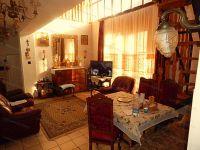 Eladó családi ház, Alsópáhokon 36 M Ft, 7+2 szobás