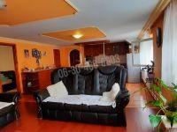 Eladó családi ház, Nagymaroson 79.9 M Ft, 4+3 szobás