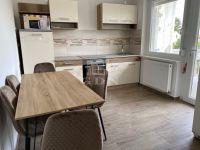 Kiadó családi ház, albérlet, Ácson 550 E Ft / hó, 6 szobás