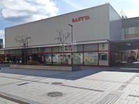 Eladó üzlethelyiség, Veszprémben, Kossuth Lajos utcában 65 M Ft