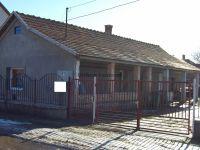 Eladó családi ház, Abonyban 8.2 M Ft, 2 szobás