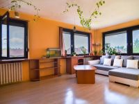 Eladó panellakás, IV. kerületben 35.2 M Ft, 2+1 szobás
