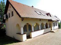 Eladó családi ház, Ábrahámhegyen 155 M Ft, 4 szobás