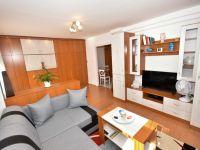 Eladó téglalakás, Veszprémben 39.9 M Ft, 1+2 szobás