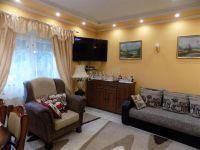 Eladó családi ház, Veszprémvarsányon 35 M Ft, 5 szobás