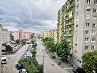 Eladó panellakás, Székesfehérvárott 24.9 M Ft, 2+1 szobás