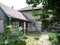 Eladó családi ház, Vecsésen, Eötvös utcában 36.5 M Ft