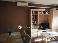 Eladó panellakás, Ajkán, Fő úton 14.9 M Ft, 2 szobás