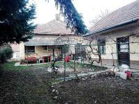 Eladó családi ház, Adonyban 16 M Ft, 2 szobás