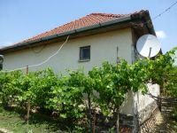 Eladó családi ház, Egerben 29.8 M Ft, 2 szobás