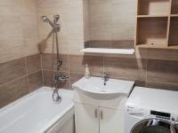 Kiadó téglalakás, albérlet, Debrecenben 140 E Ft / hó, 4 szobás