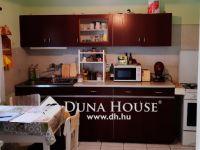 Eladó családi ház, Abasáron 11 M Ft, 3 szobás