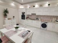 Eladó családi ház, Karcagon 26.5 M Ft, 4 szobás