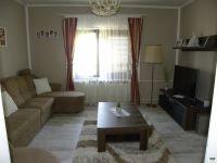 Eladó családi ház, Versenden 16.5 M Ft, 5 szobás
